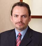Dr. Carlos E. Castañeda M.D.